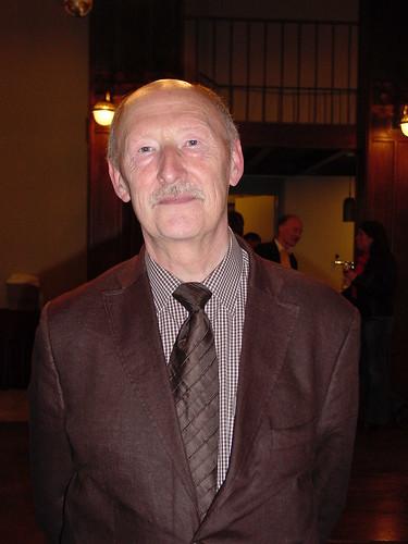 Professor De Dijn... by Cookiemouse.