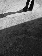 incomplete (situaciobis) Tags: shadow blackandwhite bw white black blancoynegro feet blanco shadows alt negro blanc negre emporda alberes albera empordà altempordà vilamaniscle visualpanic
