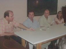 Profesores del I.S.T. junto a Lic. Gustavo Botasso (secretario de Desarrollo Social)