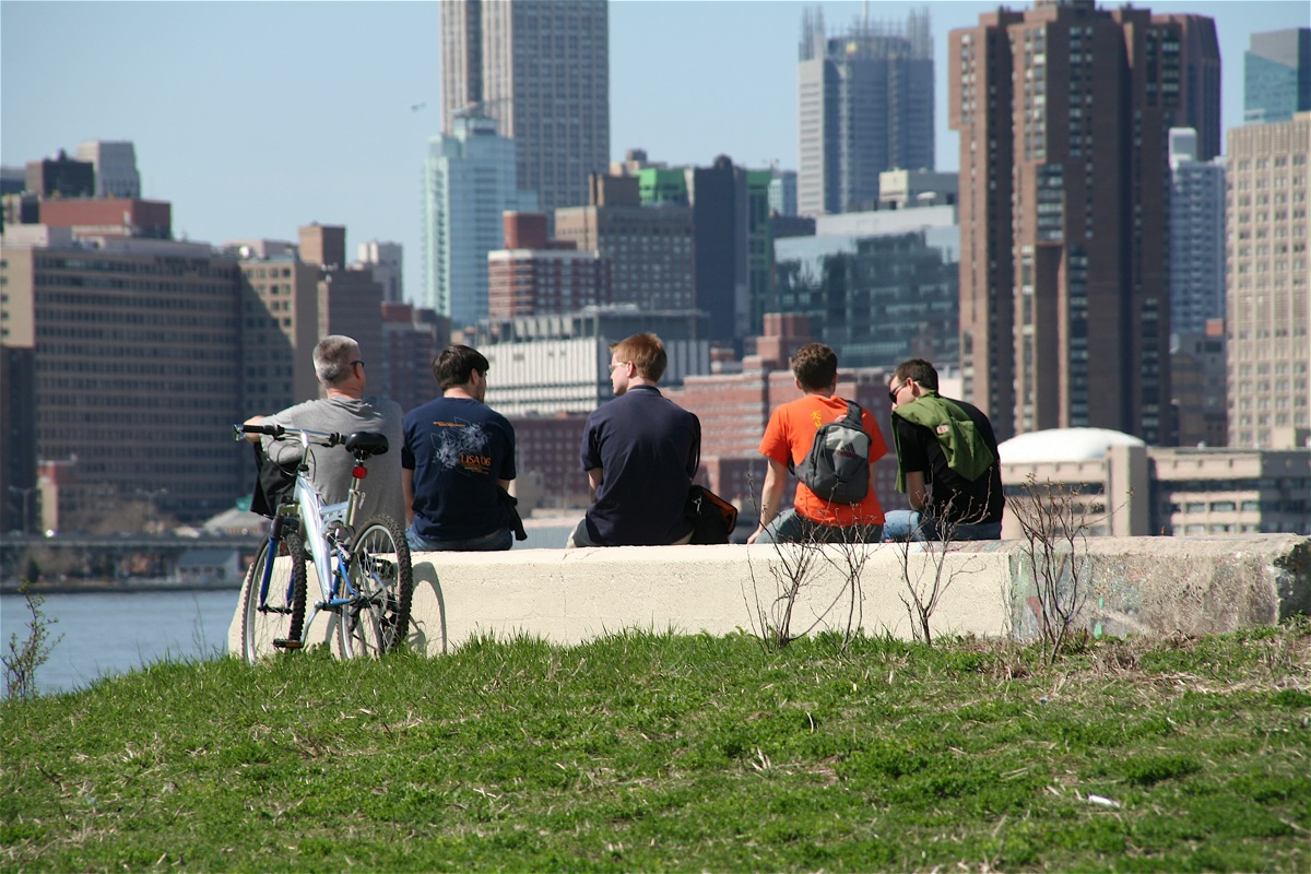 East River State Park: Open for Business?