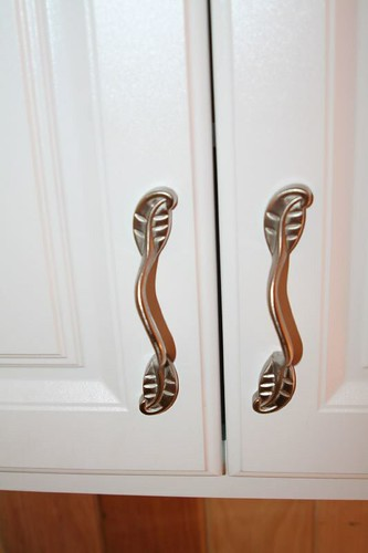 Close up of handles.