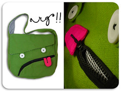 arg!! (ameliechucky) Tags: green tongue bag dead handmade craft fabric handbag bolso  muerto imadeitmyself reversible accessorie madeinchile borsette diseoemergente diseodevestuario