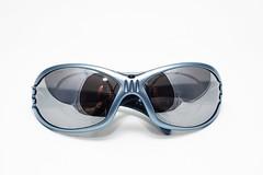 reflection me sunglasses topv111 topv333 nikon d70 nikkor adidas product 50mmf18d tabletop