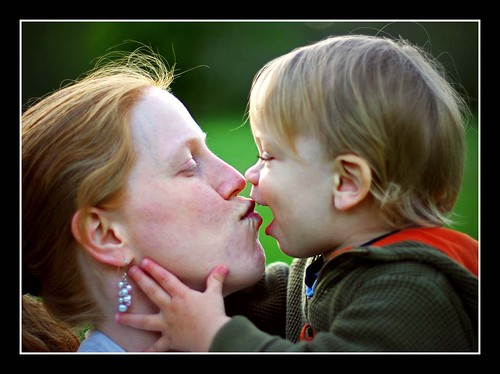 A Mother´s Kiss  [123/365]