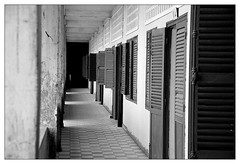 S21 - Toul Sleng (Martin Raab) Tags: school vacation bw museum rouge nikon cambodia kambodscha khmer urlaub sw phnompenh genocide schule 2007 s21 toulsleng d80 genozid