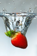Strawberry Drop 2.0 (Herman Au - http://www.hermanau.com) Tags: water fruit speed strawberry flash fast drop fresh shutter splash highspeed impressedbeauty superhearts hermanauphotography