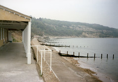 Totland Bay (David Jones) Tags: isleofwight totlandbay