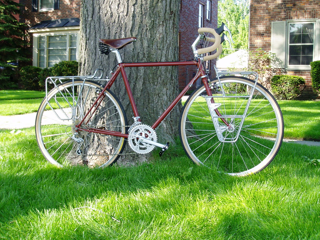 Raleigh Alyeska Touring Bike