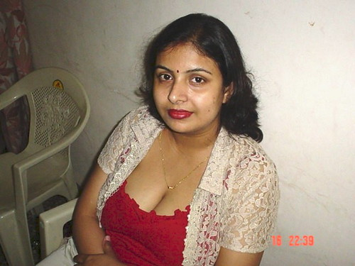 Gorgeous aunty Views 29015