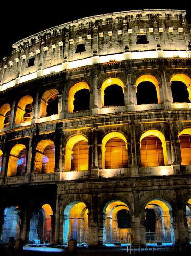Are Restaurants In Rome Open On Sundays