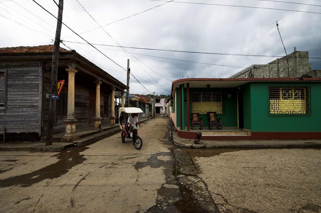 Cuba: fotos del acontecer diario 104666086_b5be4ced39_b