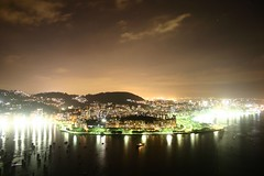 Flamengo (iko) Tags: rio brasil riodejaneiro night bresil nightshot screensaver sugarloaf podeaucar flamengo paindesucre