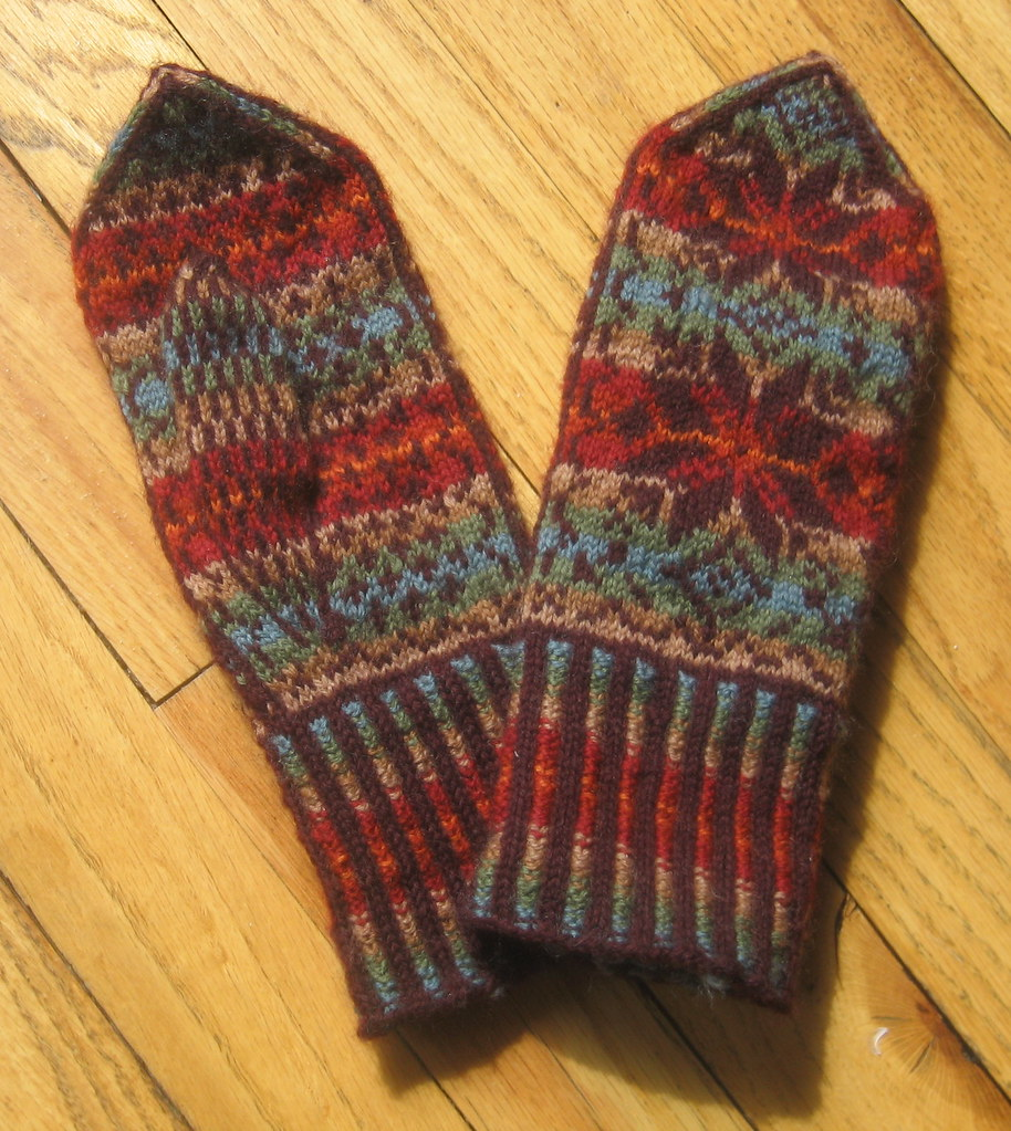 Nordic Mittens #1