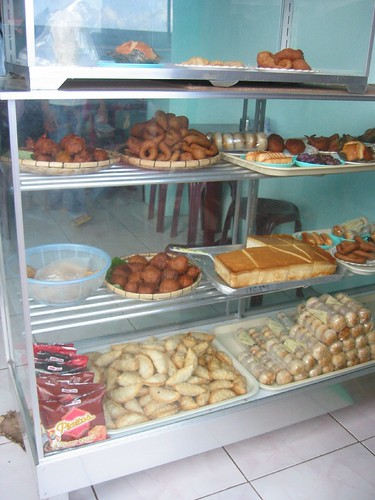 traditional muslim and christian cakes, Bongao, Tawi-Tawi