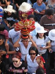 sinulog 2006 - viva seor sto. nio (adlaw) Tags: sinulog sinulog2006 procession stonino festival cebu cebucity philippines colors tradition culture religion faith catholic