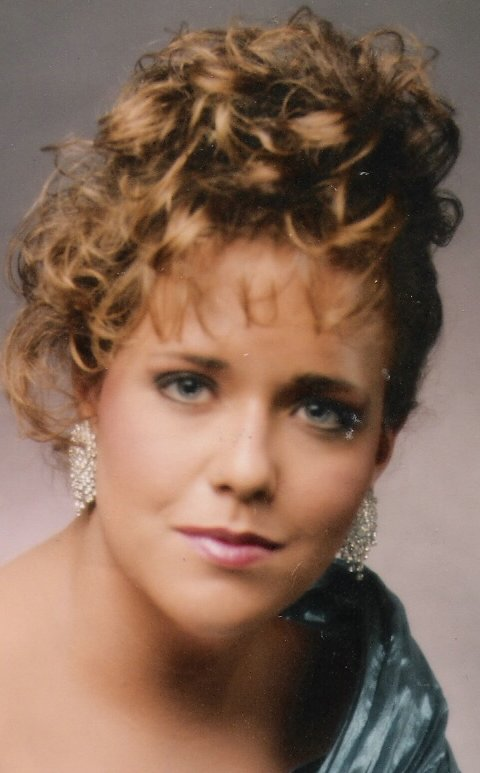 Beth - Senior Pix - 1996