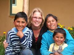 With Pali, Ica en Papucho (sterestherster) Tags: portrait peru latinamerica southamerica kids children group niños esther puno tbg favperu1 thebiggestgroup blackribbonicon