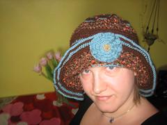 M%n met hoed (M%n) Tags: blue brown flower hat crochet bleu monica hoed haakwerk