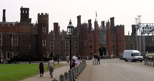 Hampton Court Palace_9
