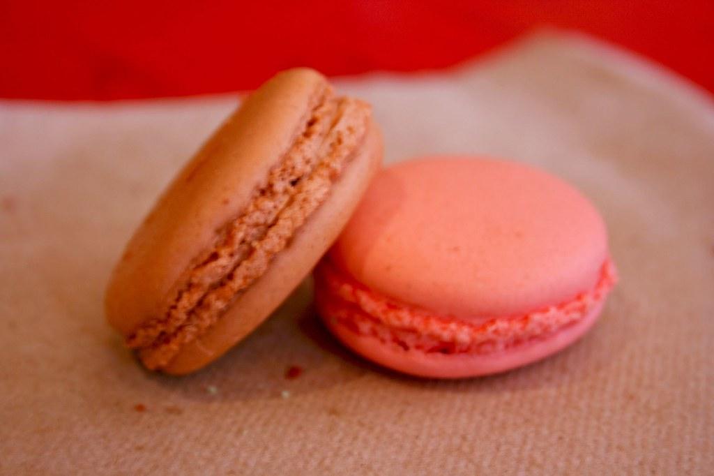 Cinnamon Macaron and Strawberry Macaron