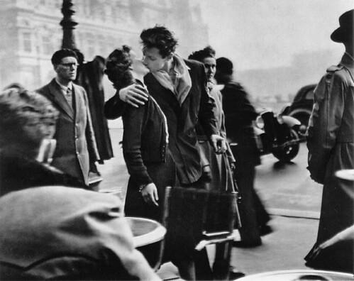 Le baiser de l'hôtel de ville de Robert Doisneau