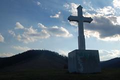 crucea de pe dealul crucii (cezar1g) Tags: paste 2007 putna