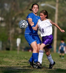 IMG_3777 (the_sinks2) Tags: girls copyright sports canon is football team soccer  roanoke va l ph 70200 f28 allrightsreserved patrickhenry imagestabilizer juniorvarsity lglass michaelsinkphotography ef70200f28isl
