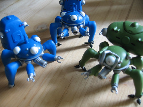 A Fuchikoma, a Tachikoma Type 1 and a Tachikoma Type 2