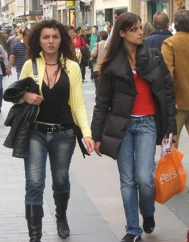 madrid women shopping