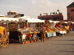 Jama'a el-Fnaa - Marrakech (msa70) Tags: frutas fruits vegetables mercado morocco marocco marrakech frutta mercato vegetales marketstalls verdura bancarelle jama'aelfnaa