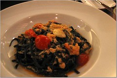 fabricca crab squid ink pasta