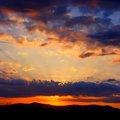 6th sunset glow