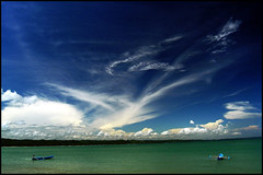 east pangandaran beach (kankabono) Tags: blue sea cloud green beach boat fisherman nikon horizon dive diving east bono polarizer far batukaras pangandaran biru nelayan d1x kanka kankabono skiessky