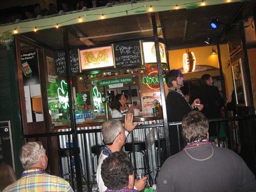 crawl pub