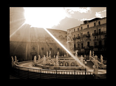Piazza della Vergogna a Palermo (Available for licensing and purchase) (! .  Angela Lobefaro . !) Tags: italien sky italy sunlight sepia architecture interestingness published italia quality topv444 interestingness1 dream gimp himmel wolken topv222 bleu explore ciel linux sicily 400views 300views 500views burst baroque nuages palermo frontpage ubuntu eos350d beams sicilia barocco italians 2007 topv200 outstanding rayoflight sogno traum topv500 kubuntu marenostrum topf20 1025faves blueribbonwinner topf30 digikam 30faves topv300 marmediterraneo topv400 supershot 2550faves 20faves i500 bestphotosonflickr abigfave artlibre bestpicturesonflickr holidaysvacanzeurlaub angiereal goldenphotographer maremediterraneum piazzadellavergogna 1outof1000 theunforgettablepictures 1outof500 noqualitynocry maxgreco angelamlobefaro wwwcesvieuindexphp angelamarialobefaro