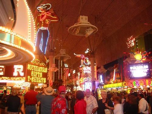 930198-Glitter_Gulch_The_Old_Vegas-Las_Vegas.jpg