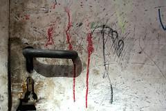 Picaporte (Andastur) Tags: door puerta decay gijn asturias abandono deterioro picaporte lacalzada