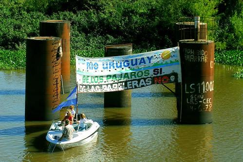 Reclamo en rio Uruguay
