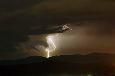 twister lightning (carlos jm) Tags: light storm night d50 nikon bravo shots tormenta lightning thunder outstanding rayos relampago outstandingshots aplusphoto superbmasterpiece