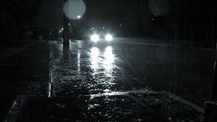 Llueve en Conce (annais) Tags: auto light car rain lluvia agua traffic may gotas stop mst