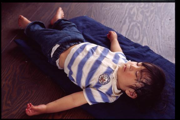 070508_FE2_MF50mmF1.4_KODAK_E100G-2-06 sleep Sleeping child