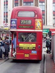 The 73 before bendy-buses - September 2004 (BB B2) Tags: victoria routemaster londonbuses arriva the73 rml2747 smk747f
