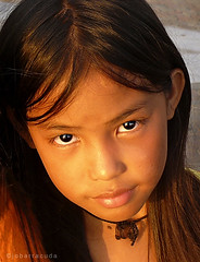 baywalk little girl (jobarracuda) Tags: smile lumix philippines manila littlegirl pinay filipina baywalk fz50 panasoniclumix dmcfz50 superaplus aplusphoto jobarracuda superhearts flickristasindios