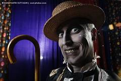 Mr. Dead (Konstantin Sutyagin) Tags: smile cards expression creepy grin joker teatre magician illusionist strobist