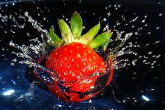 fresa-05-f (Myprofe) Tags: light water photography strawberry flash creative drop freeze winner splash