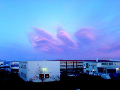 28.feb 07 r gmsanum (Arnr Snr) Tags: pink blue red sky clouds cloudsinicelandfebruary28th2007