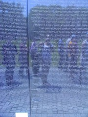 My reflection in the Vietnam War Memorial (*fotu) Tags: dc washington memorial vietnam veterans vietnamveteransmemorial panel16w panel15w