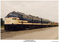 PPCX 9913 & 5794 (Robert W. Thomson) Tags: burlington train diesel tennessee trains bn locomotive trainengine mk e9 coveredwagon burlingtonroute burlingtonnorthern etowah passengertrain emd e9a morrisonknudsen tennessee200inc ppcx