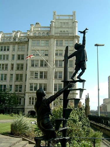 Liverpool Blitz Memorial by Tom Murphy, St. Nicholas's Churchyard, Liverpool