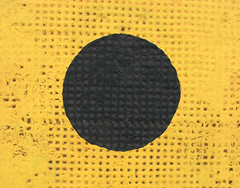 yellow & black - 16/365 abstracts (ferrous) Tags: black yellow circle ascot dot trainstation round brisbanemeetup steamtrainsunday 1april2007